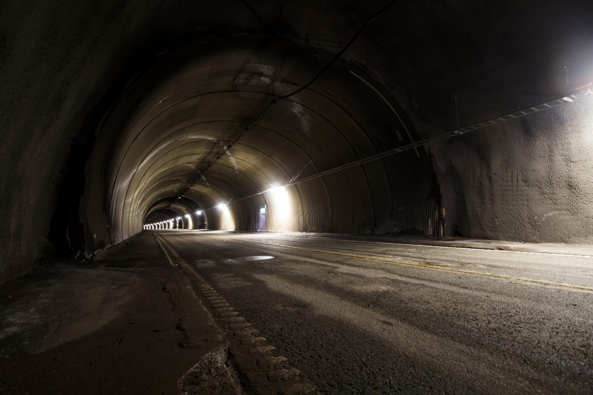 Apleistas tunelis