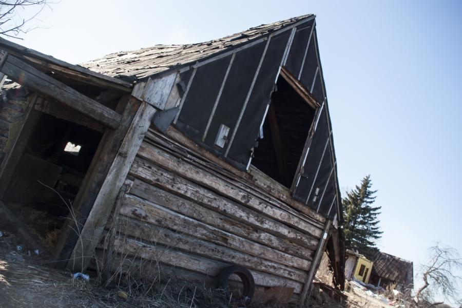 Dar vienas apleistas namas