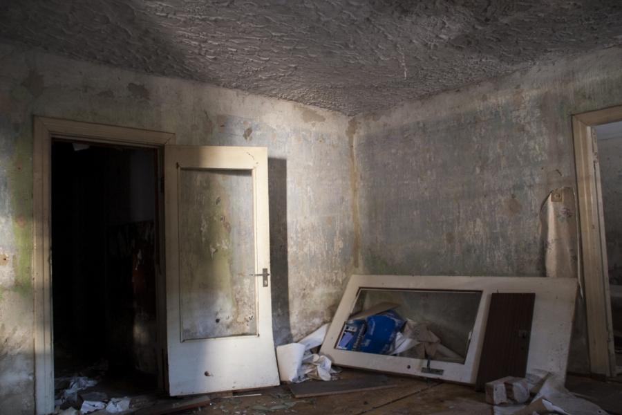 Pirmo aukšto kambarys