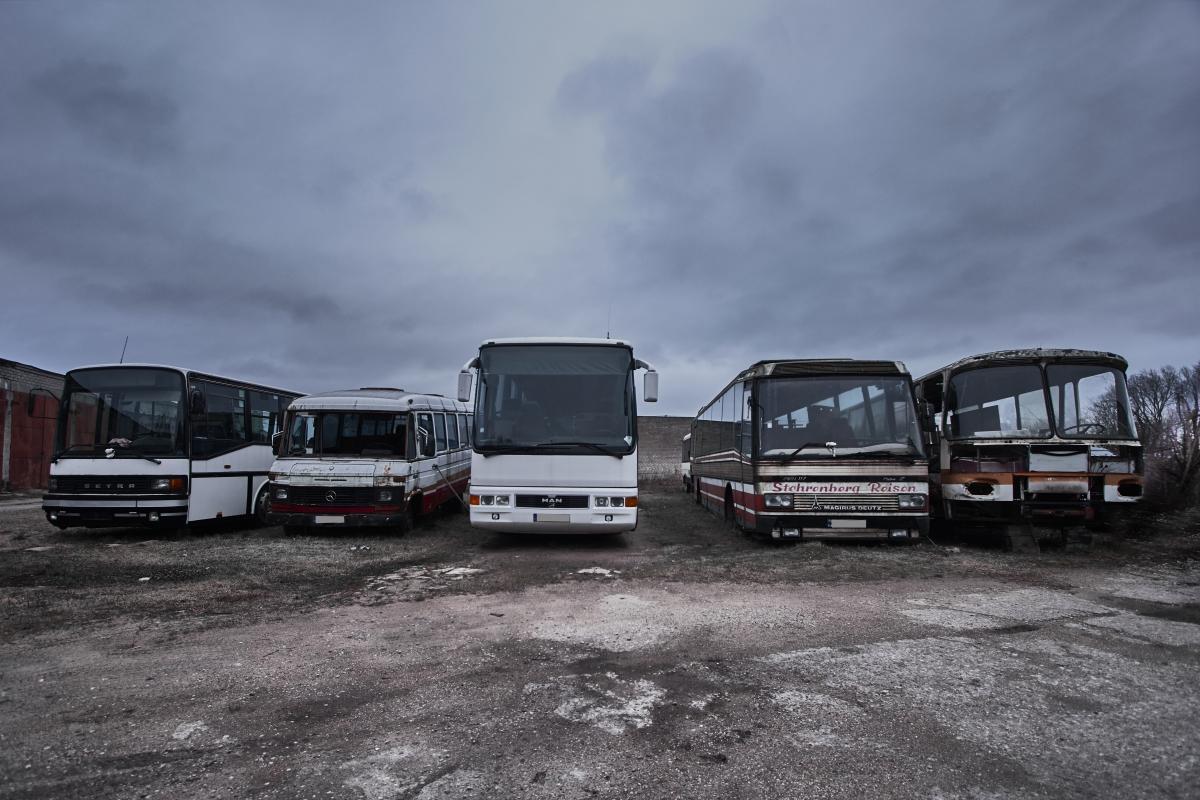 Seni autobusai