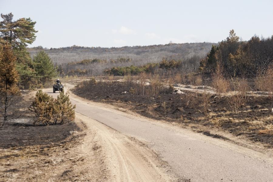 Ugniagesys ant keturračio motociklo
