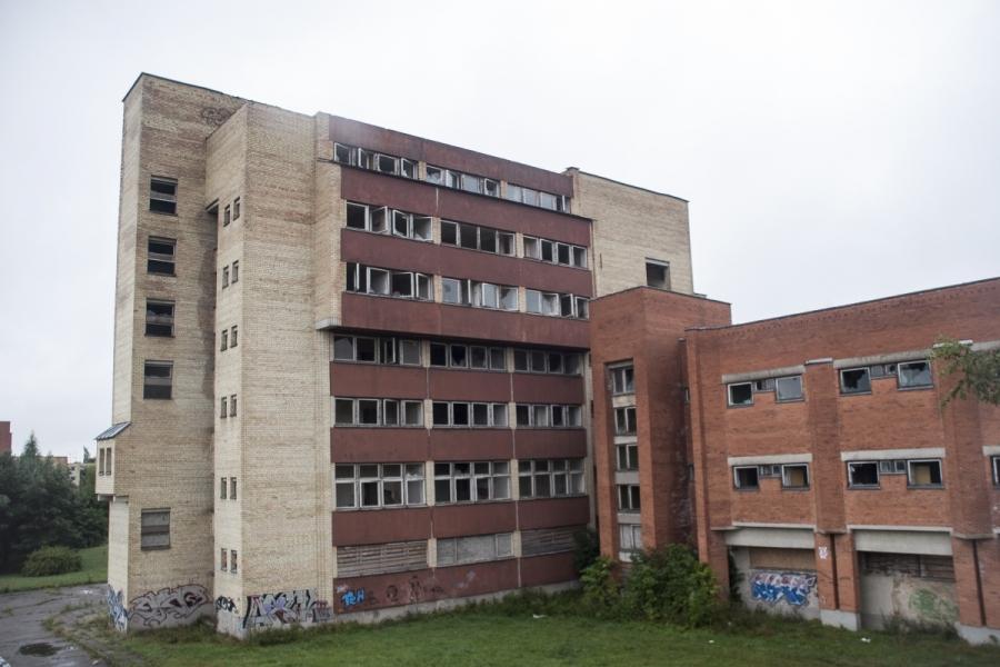 Ligoninė iš šono